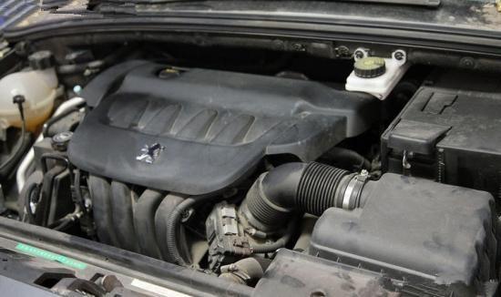 当然,5000公里或者100000公里清洗一下节气门还有喷油嘴是比较妥当